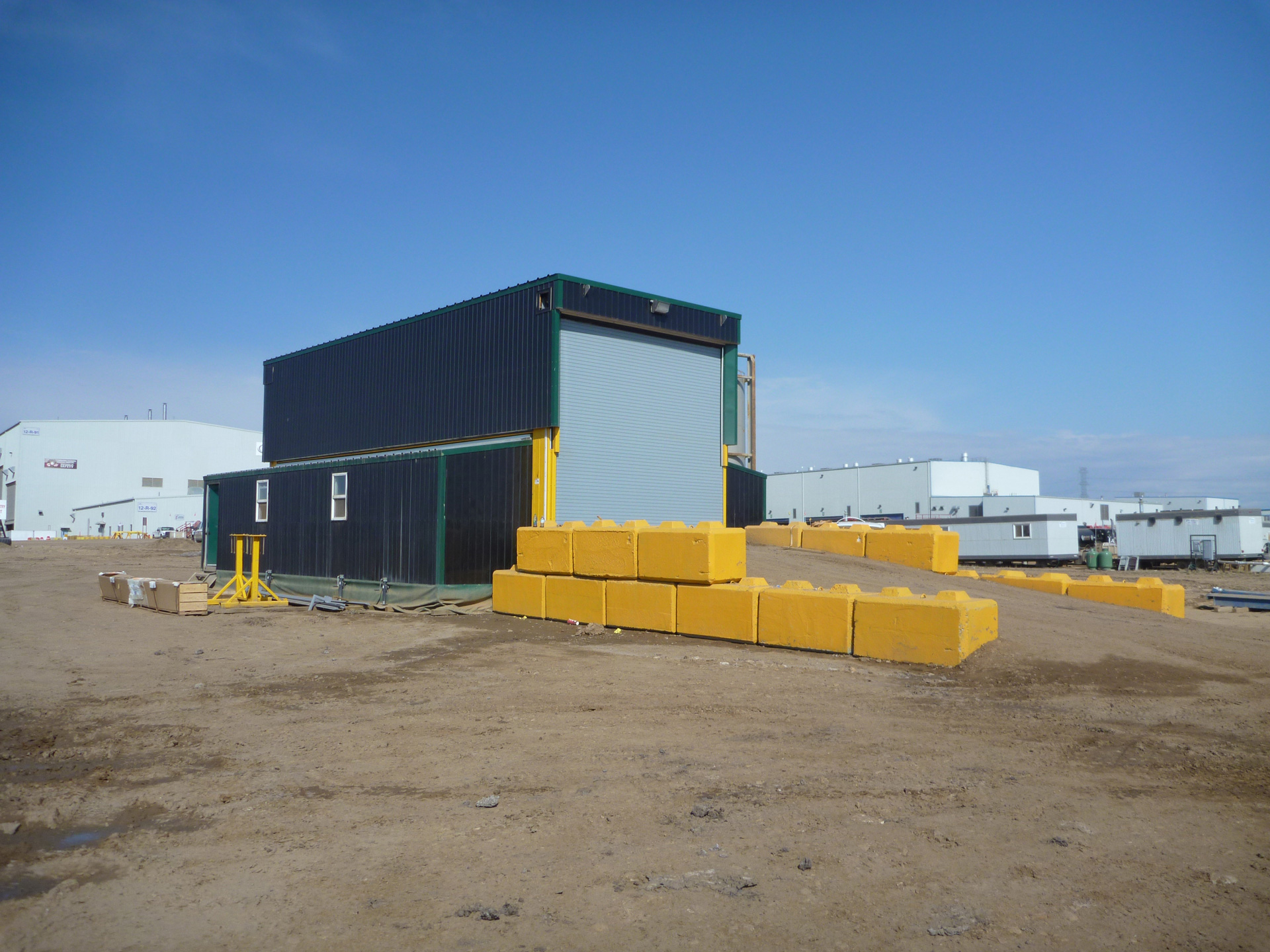 extreme portable buildings trans4mer oilsand installation thumbnail